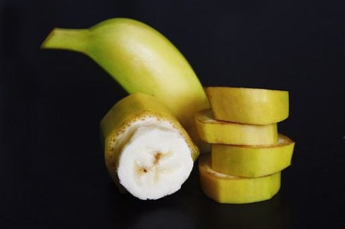 Are bananas good for men, a sliced banana